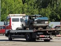 Автосервис «АвтоПрофи». Эвакуатор Mercedes 809
